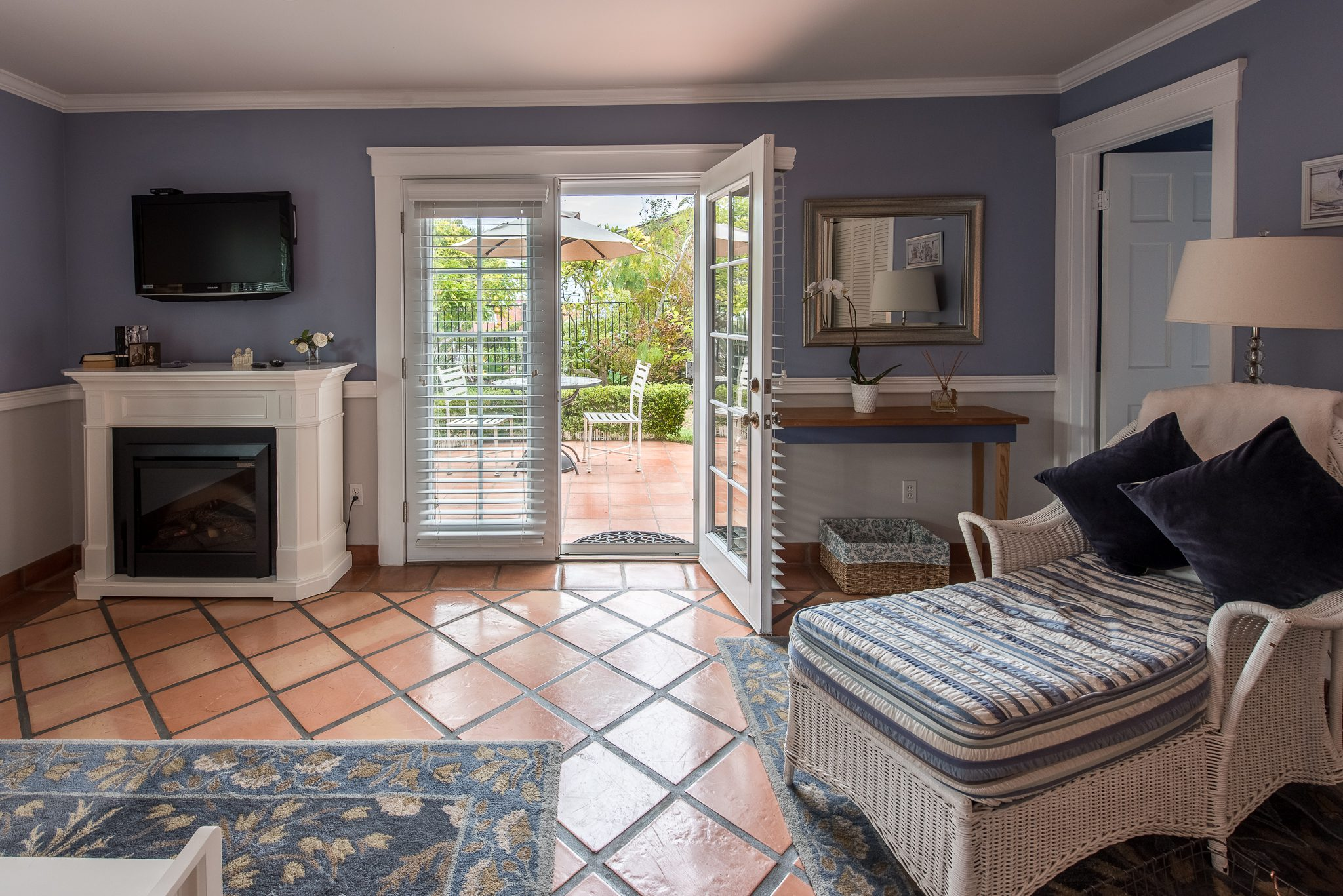 Nantucket Beach Cottage - Kate Stanton Bed and Breakfast, San Diego Area