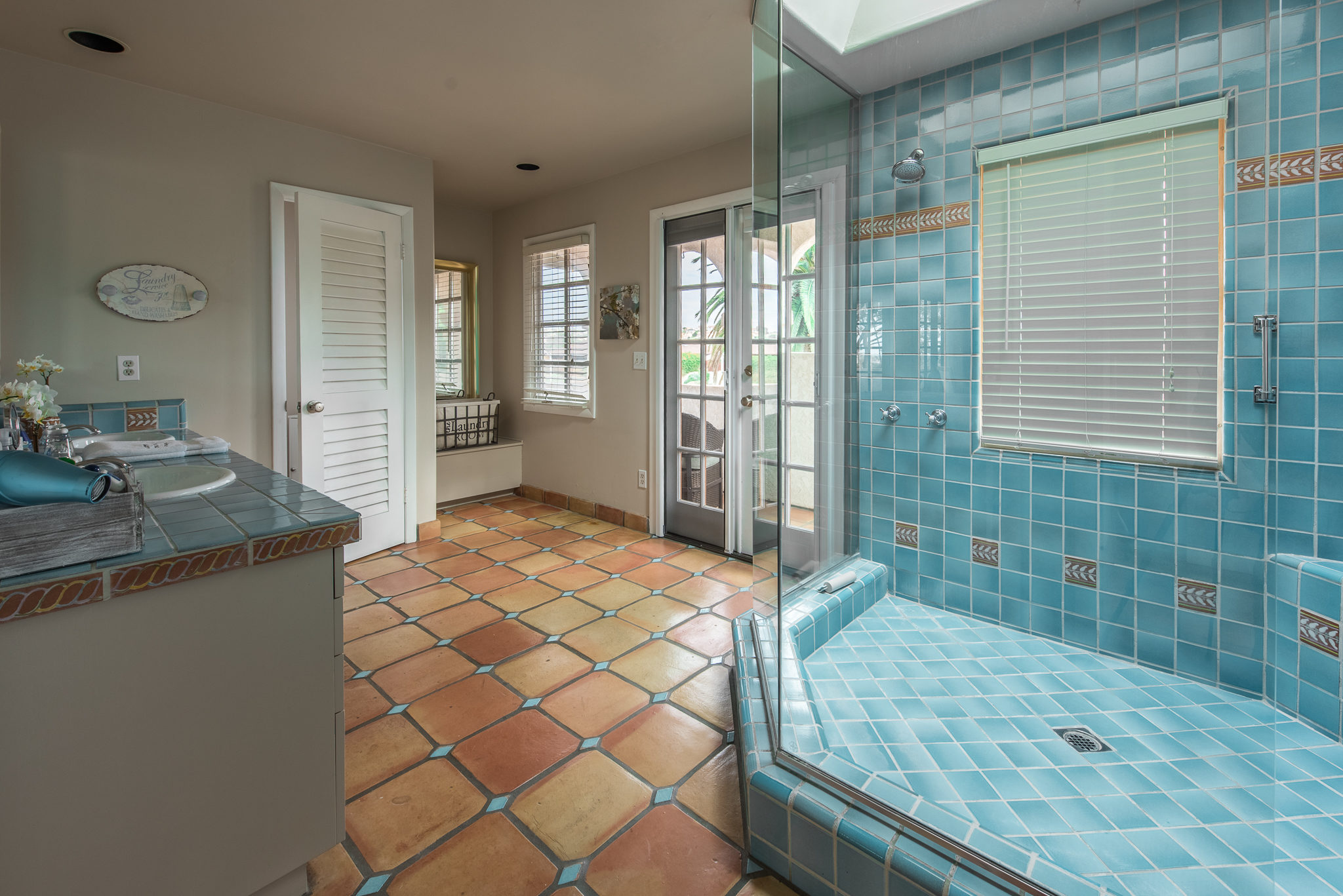 The Chatham Suite Bath - Kate Stanton BB Encinitas, CA