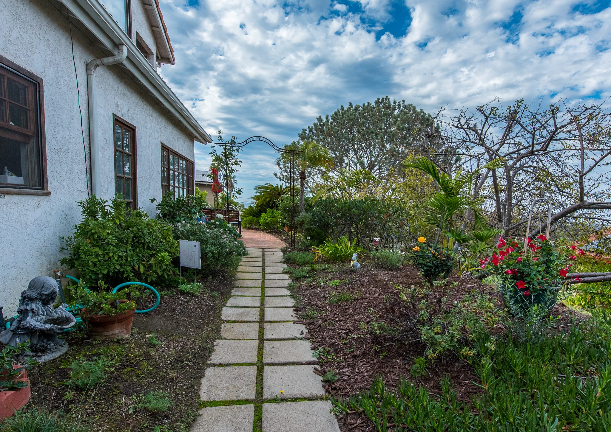 Garden Walk - Kate Stanton Bed and Breakfast, San Diego Area